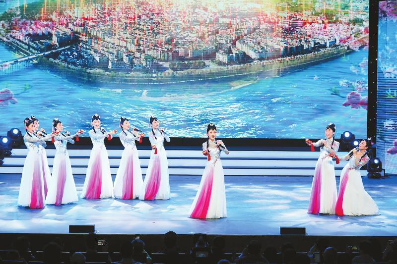 《亮花鞋》获第十二届中国艺术节第十八届音乐类群星奖