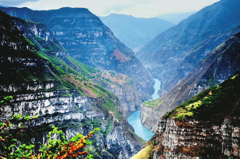 """""""四川大渡河峡谷国家地质公园""""大峡谷景观"""